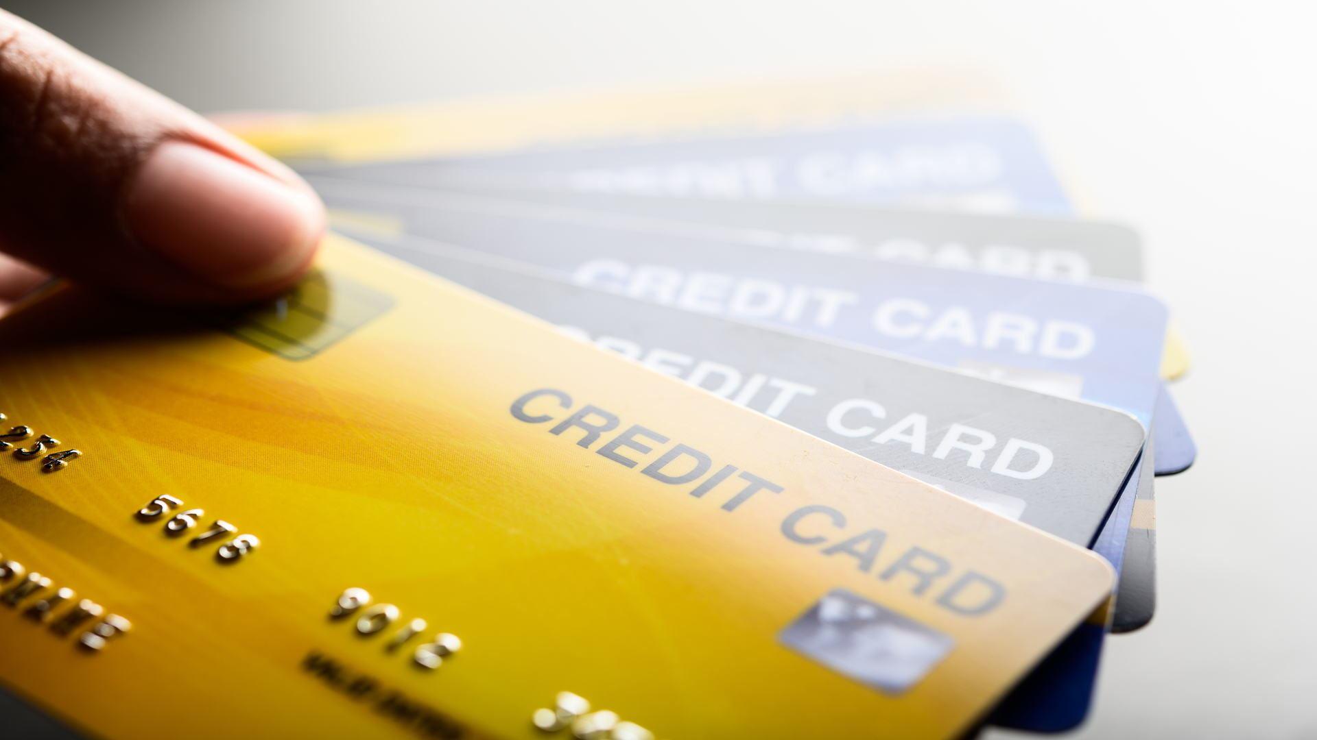 תמונת חוויה של כרטיסי אשראי