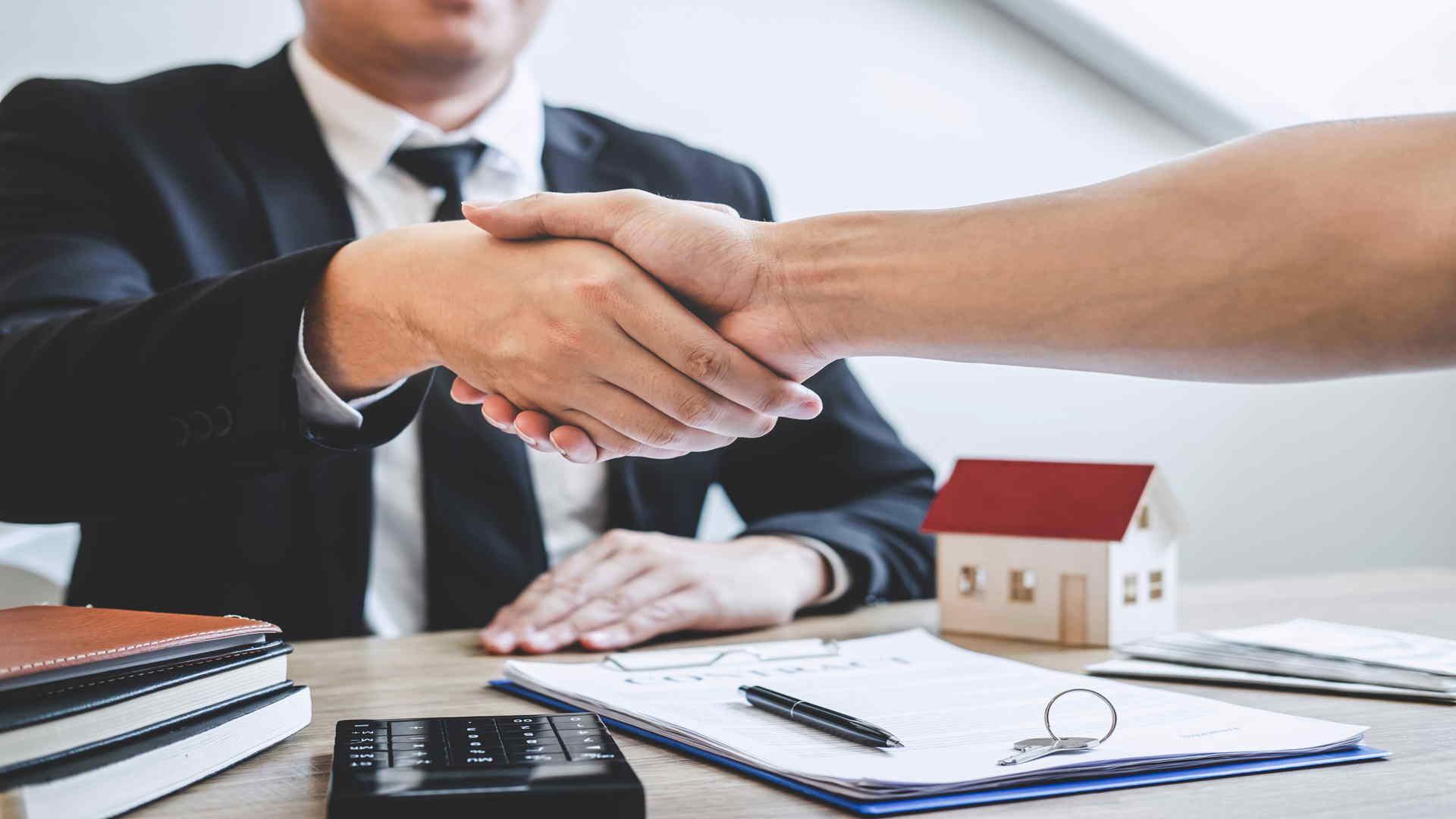 סגירת עסקה של משכנתא בדרגה שנייה
